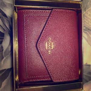 New w/o tags COACH Small Tri-fold Wallet, Deep Red